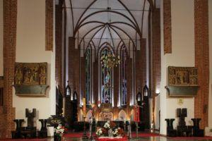 Read more about the article Dziękczynienie za 40 lat naszej parafii