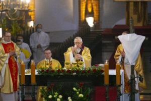 Read more about the article Wielki Czwartek – Msza Wieczerzy Pańskiej